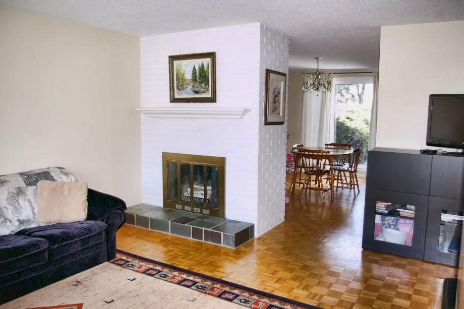 123 Design Drive - Living Room