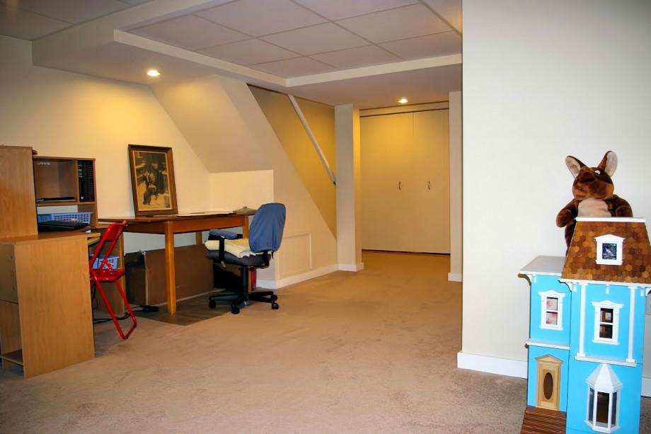 123 Design Drive - Family Room